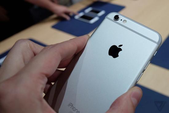 苹果6splus里的照片怎么导出来